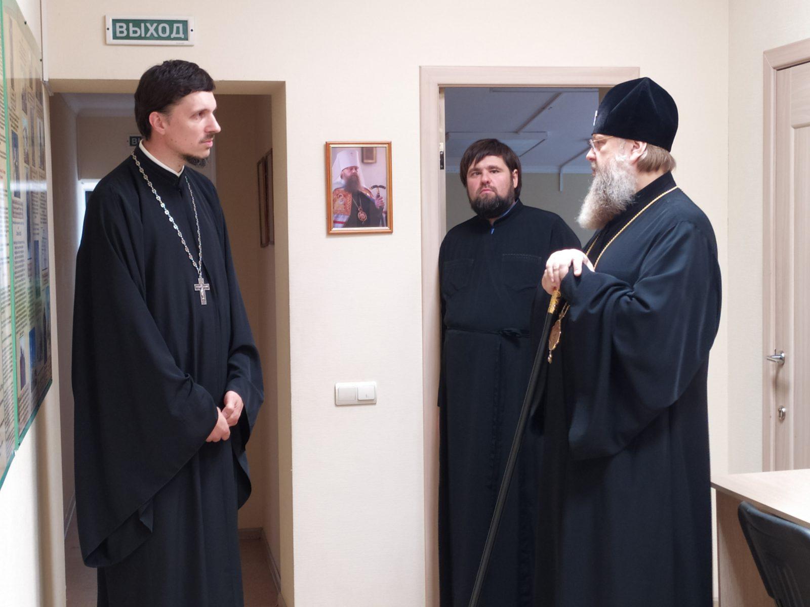 Глава Донской митрополии посетил иконописное отделение ДДС