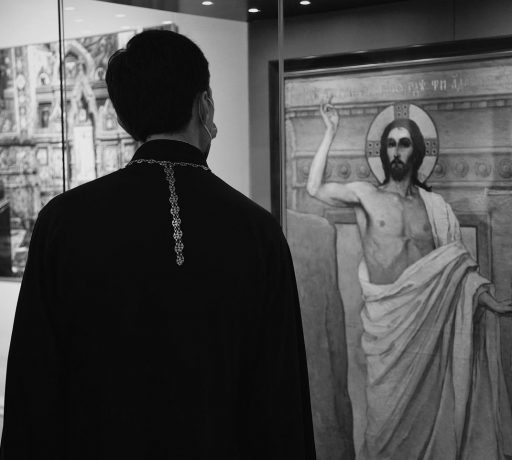 Руководитель иконописного отделения ДДС принял участие в открытии выставки «Храм-реквием»